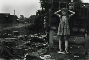 Janet Mendelsohn - The street (c1968)